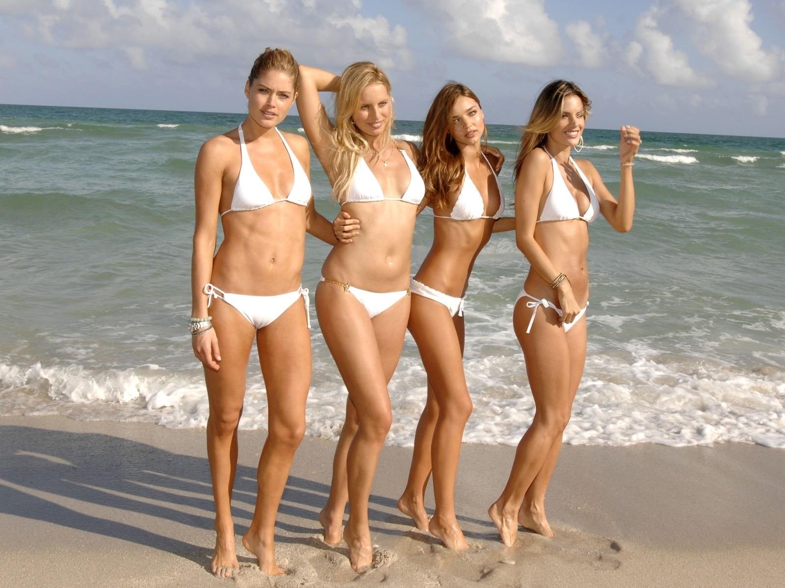 Смотреть порног он лайн с молоденькими девками 20 фотография